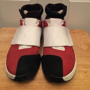 "AJ XX ""Chicago Midwest Red"""